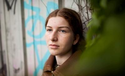 18 år gammel datter dating far